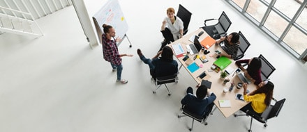 Project management for interior design logistics